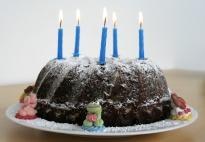 Becherkuchen: Geburtstagskuchen ohne Ei