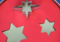 Spielideen mit Keks (Plätzchen)ausstechern in Sternform