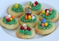 Osternest-Kekse aus Spritzteig